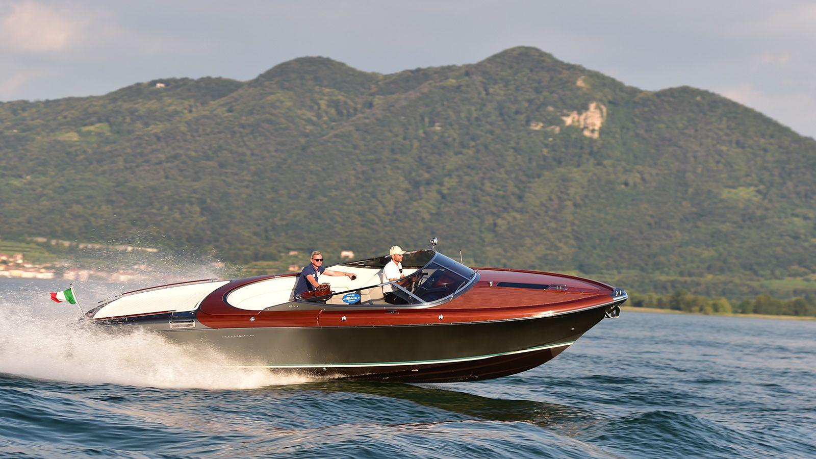 Ferretti Group launches new Rivamare superyacht tender